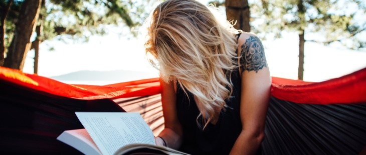 5 Books to read in your 20's for a beautiful life